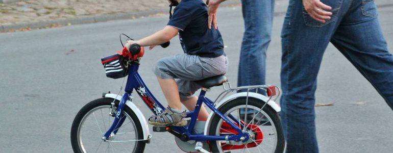how to teach a reluctant child to ride a bike