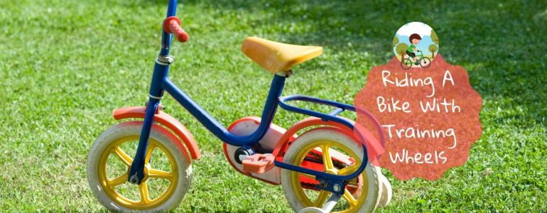at what age can toddler ride a bike with training wheels